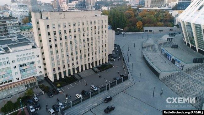 Міністерство молоді та спорту України вже третій рік експериментує зі спортивними федераціями