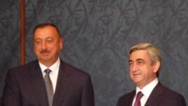 Russia -- Presidents of Armenia and Azerbaijan meet in Moscow, 17Jul2009
