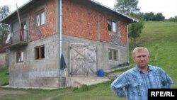 Nezir Šabanović jedan je od povratnika u okolinu Srebrenice, selo Trubari