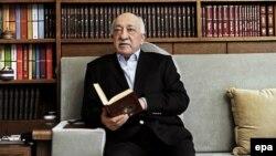 Мусульманський клірик Фетхуллах Ґюлен
