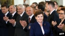 Премьер-министр Польши Беата Шидло во время церемонии принятия присяги новым правительством страны