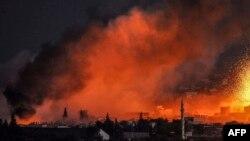 """Кобани шаары соңку бир айдан бери """"Ислам мамлекети"""" тобуна каршы күрөштүн символуна айланды."""