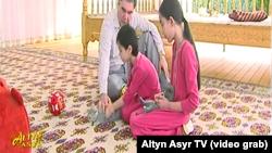 Кадры из сюжета государственного телевидения Туркменистана