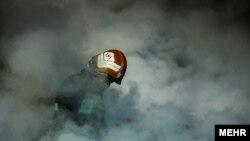 یکی از مسئولان عملیات آتش نشانیبر «برناکارآمدی تجهیزات اطفای حریق» تاکید کرده و به روزنامهجهان صنعتگفته است: «ما قربانی شدیم.»