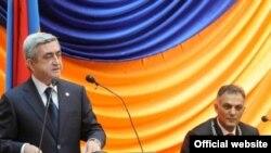 Հայաստան -- Նախագահ Սարգսյանի ելույթը Երեւանի նորընտիր քաղաքապետ Գագիկ Բեգլարյանի երդման արարողության ժամանակ, Երեւան, 11-ը հունիսի, 2009թ.