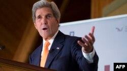 Sekretari amerikan i shtetit, John Kerry - arkiv