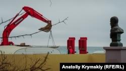 Реконструкция набережной имени Терешковой в Евпатории, февраль 2017 года
