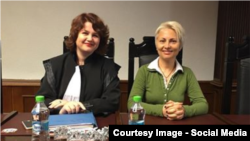 Doina Ioana Straisteanu cu Angela Frolov