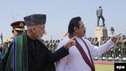 Președintele Mahinda Rajapaksa primindu-l pe omologul său afgan în martie 2014
