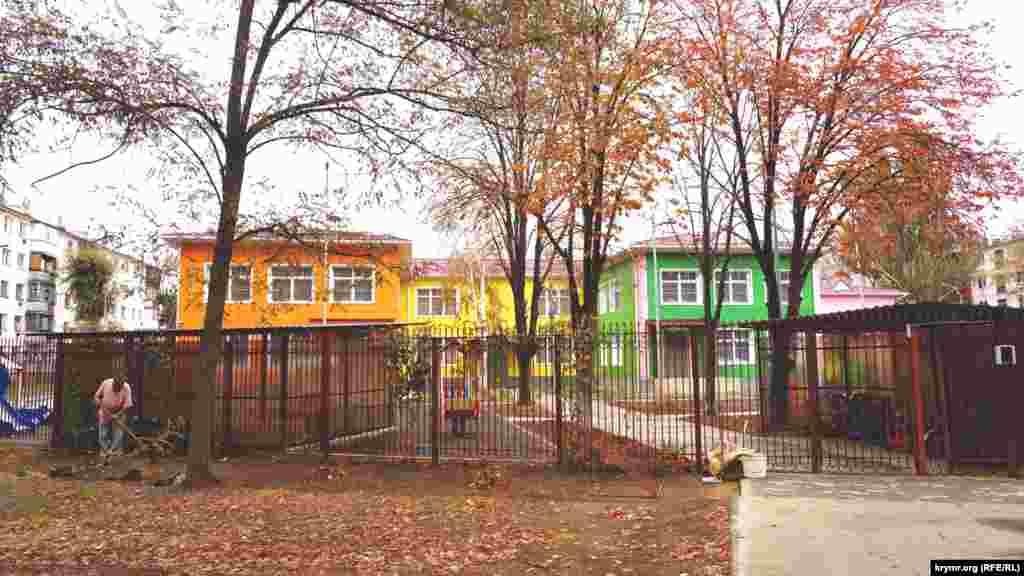 После вынужденных каникул сегодня заработал детский садик «Светлячок»