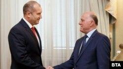 Президентът Румен Радев и представляващият ВСС Боян Магдалинчев