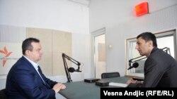 Ivica Dačić u razgovoru sa novinarom RSE Milošem Teodorovićem, Beograd, april 2016.