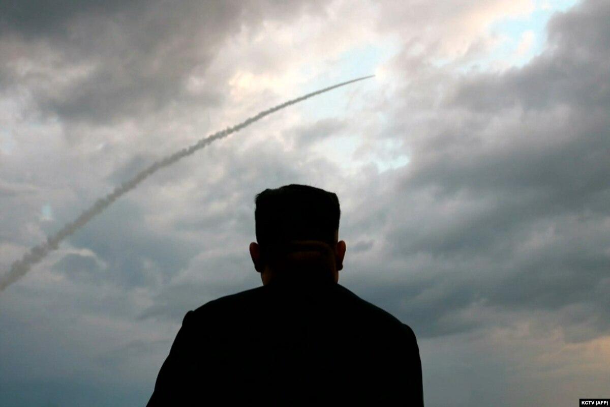 Северная Корея произвела новый запуск ракет