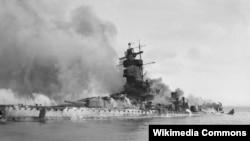 "13 декабря 1939 года. Битва у Ла-Платы. Пожар на борту ""Адмирала Шпее"""