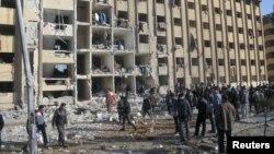 Сирия - Территория университета в Алеппо после взрывов, 15 января 2013 г.