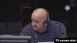 Srbislav Davidović u sudnici 9.veljače 2012.