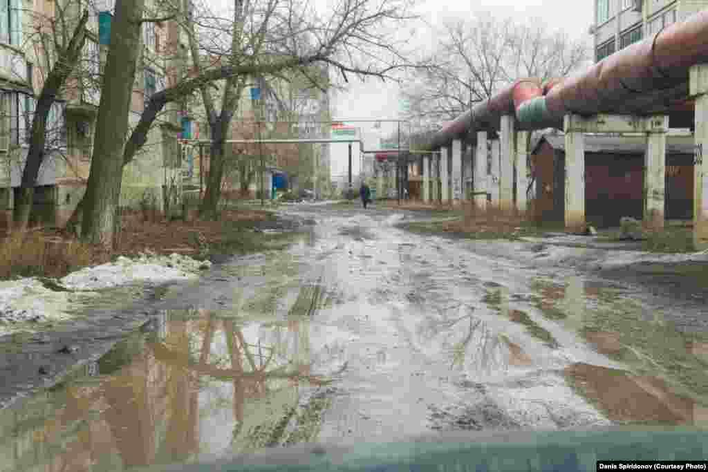 Ярославская улица. Город Уральск, март 2020 года.