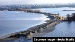 Засыпка Волги в акватории Куйбышевского водохранилища