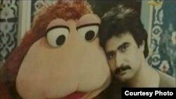 """الفنان سعد عباس مع شخصية """"نعمان"""" في مسلسل """"إفتح يا سمسم"""""""