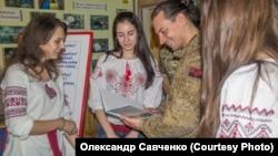 Урок «Захисник Вітчизни». Фото надане Олександром Савченком, засновником громадської організації патріотичного виховання «Калина»