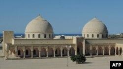 Мечеть в Нардаране