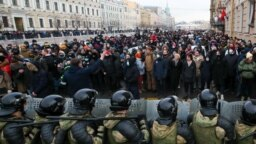 Protesters rally in support of Aleksei Navalny in St. Petersburg on January 31. Organizers will hope for even bigger crowds.
