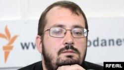 Глеб Чаркасаў