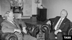 Борис Ельцин и Арнольд Рюйтель. 1 ноября 1991 года
