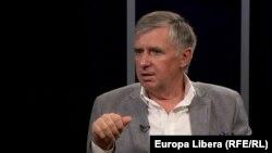 Ion Sturza la o dezbatere în studioul Europei Libere de la Chișinău