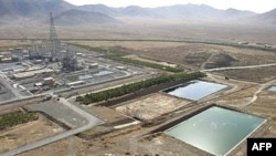 تاسیسات آب سنگین ایران در شهر اراک قرار داشت که در راستای توافق اتمی، قلب راکتور آن با بتن پر شد.