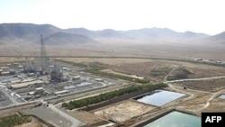 Iran's Arak heavy-water nuclear plant in 2006