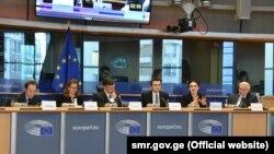 На заседании комитета по иностранным делам Европарламента члены ЕНП выступили с резкими комментариями в адрес «Грузинской мечты»