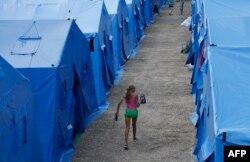 Лагерь для беженцев под Симферополем. Июль 2014 года