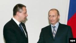 Fostul premier Sergei Stanishev cu fostul președinte Vladimir Putin în 2007