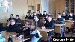 Татарстандагы мәктәптә дәрес вакыты. Архив фотосы