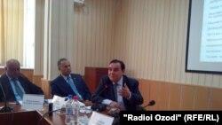 Худойберды Холикназар, директор центра стратегических исследований при президенте Таджикистана.