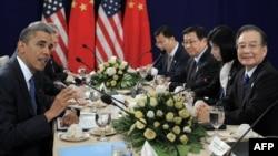 باراک اوباما و نخستوزیر چین در کامبوج