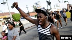 Proteste violente la Los Angeles