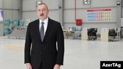 Prezident İ.Əliyev tibbi maska istehsalı müəssisəsinin açılışında
