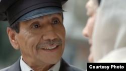 """""""Ай күнді сүйеді"""" фильміндегі таксист бейнесі."""