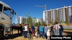 Активисты против новых высоток в Колтушах