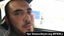 Активіст Осман Бєлялов, у будинку якого проходив обшук