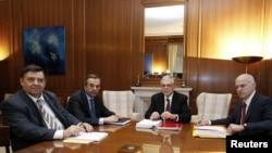 Лідери провідних партій Греції на зустрічі з прем'єр-міністром Пападімосом