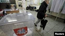 Гласањето на првиот круг на изборите во Литванија