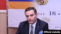 Председатель постоянной комиссии по внешним отношениям Национального Собрания Армении Артак Закарян (архив)