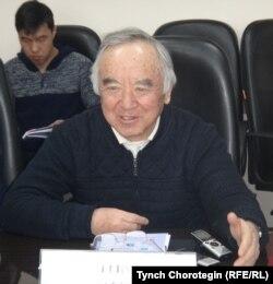 Кыргыз эл жазуучусу Кеңеш Жусупов. 25.11.16.