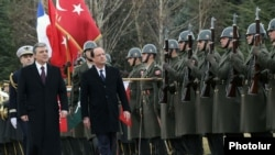 Президент Турции Абдулла Гюль встречает президента Франции Франсуа Олланда, Анкара, 27 января 2014 г․