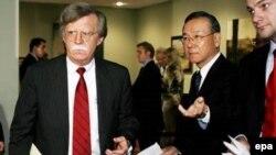 Постоянный представитель США в ООН Джон Болтон предупредил, что нападение Пхеньяна на Южную Корею или Японию будет воспринято как нападение на Америку