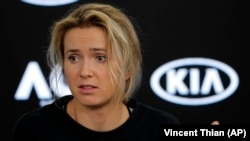 Світоліна (на фото) поступилася швейцарці Белінді Бенчич за результатами трьох сетів