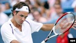 Роджер Федерер не снимает задачу покорить, наконец, парижские корты